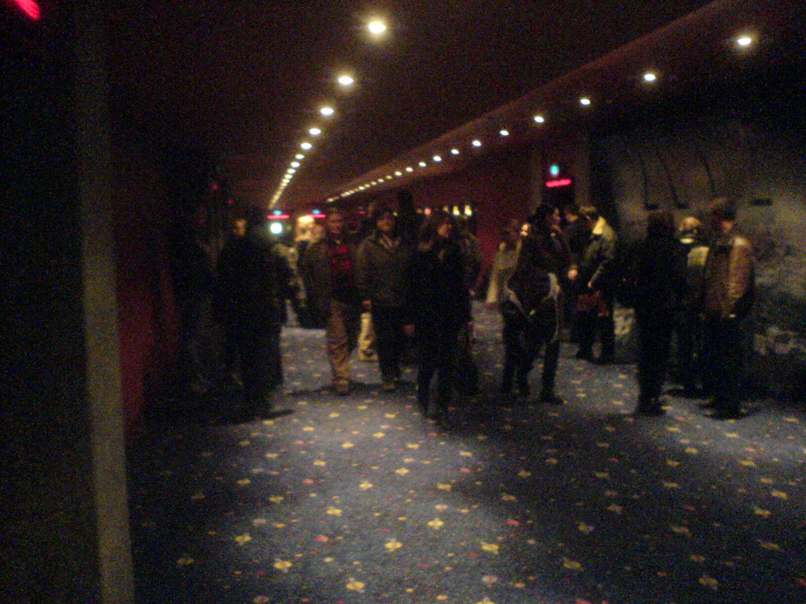 ulička ve Village Cinemas