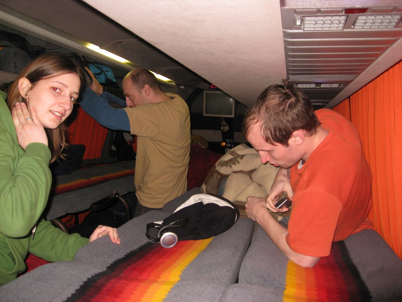 Lůžková úprava autobusu.