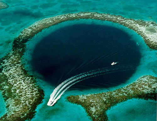 great-blue-hole-belize-2.jpg