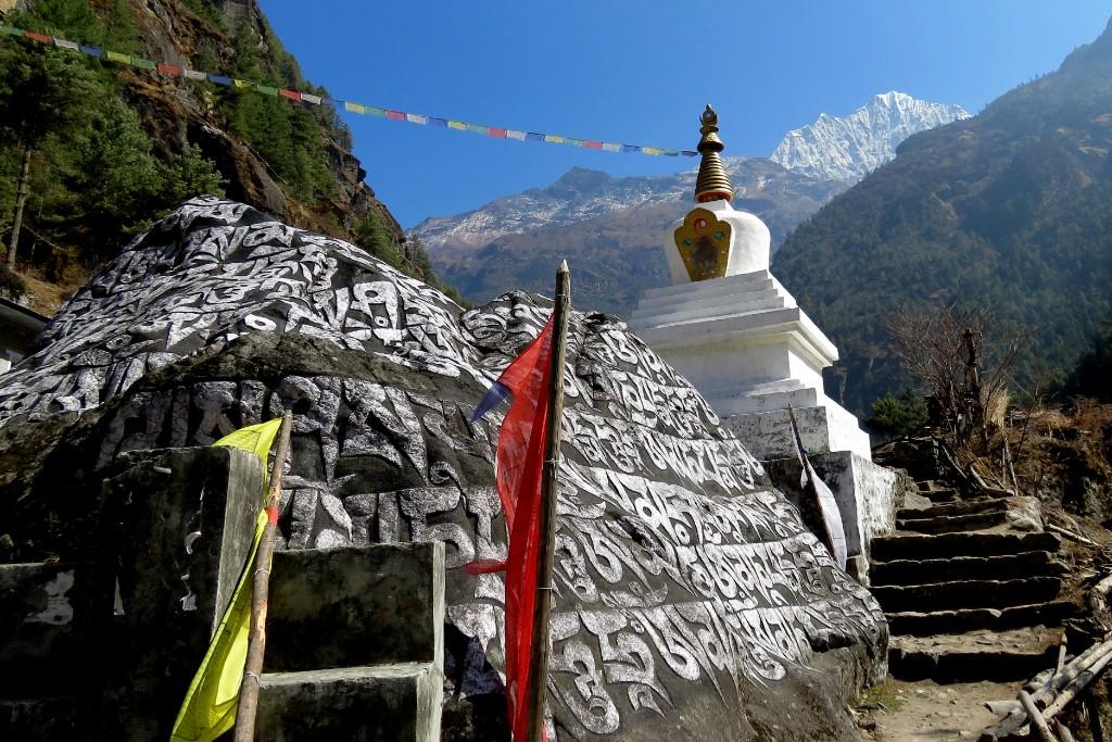 čhörten a tibetské mantry
