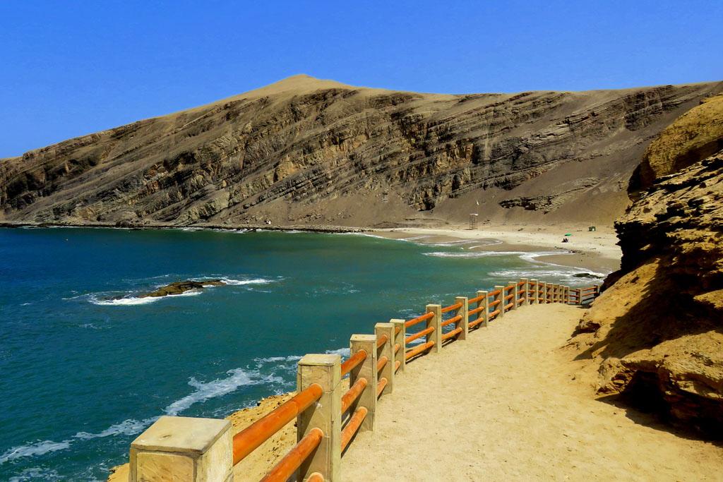 pláž Playa de la Mina
