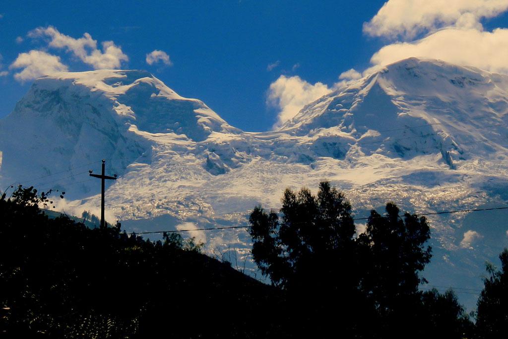 Huscarán Sur, nejvyšší hora Peru
